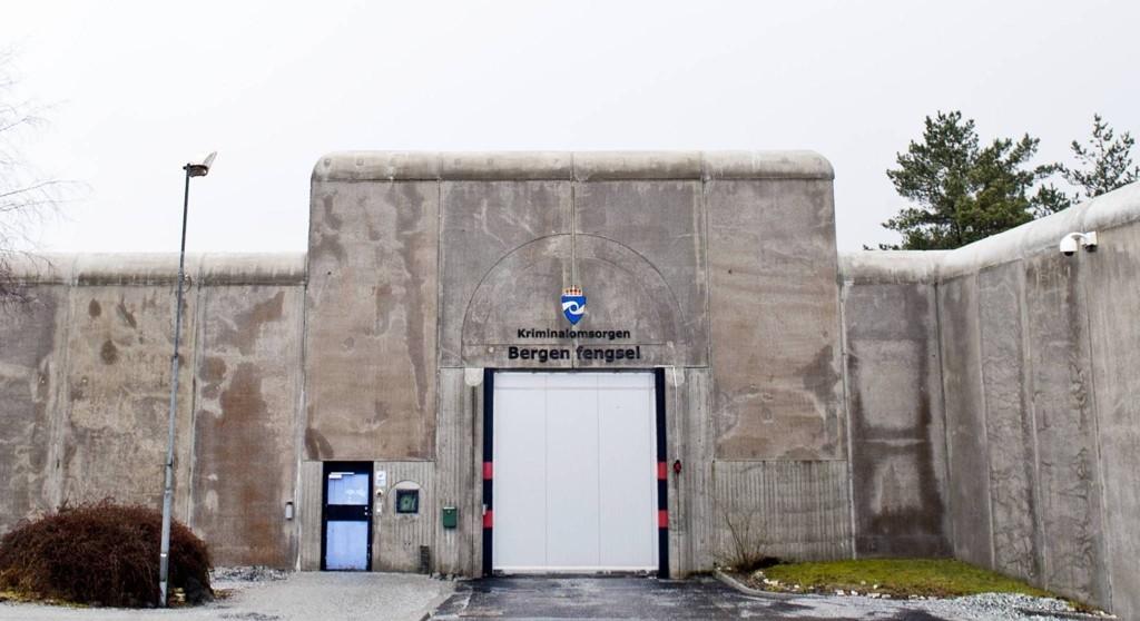 44-åringen gikk ut av portene fra Bergen fengsel onsdag morgen. Halvannen time senere ble han arrestert da han forsøkte å stjele fra en safe på Torgallmenningen.