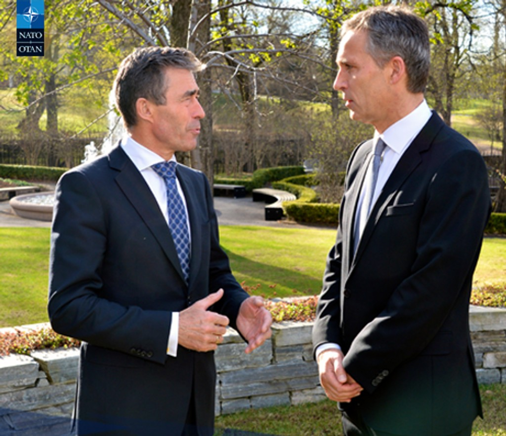 Fredag la NATO ut dette bildet av den sittende og påtroppende lederen.