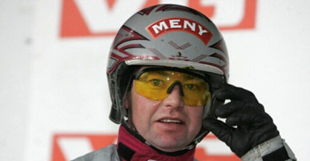 Eirik Høitomt er en nøkkelmann for oss på Sørlandet lørdag. Han kjører V5-bankeren Punkt Ett. Foto: hesteguiden.com
