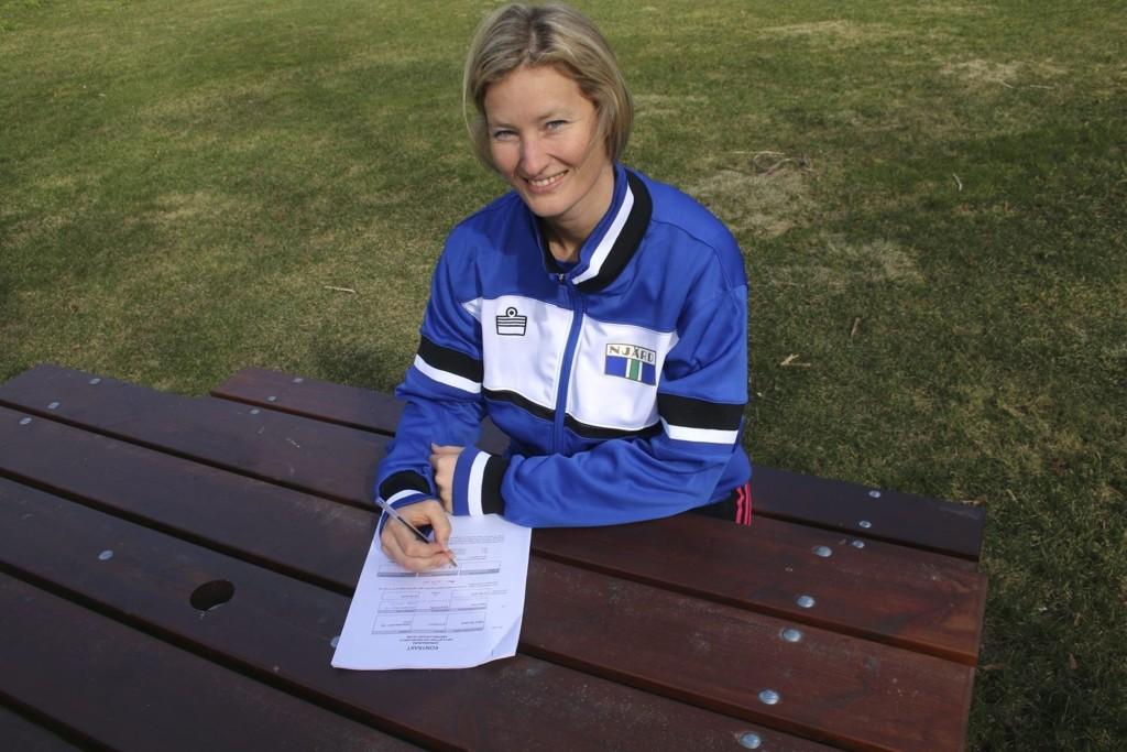 SKAL VOKTE BURET: Marit Røe skal igjen vokte målet til Njård. Mandag signerte hun for to år i moderklubben, og erstatter Andrea Thorsland som drar hjem til Kristiansand.