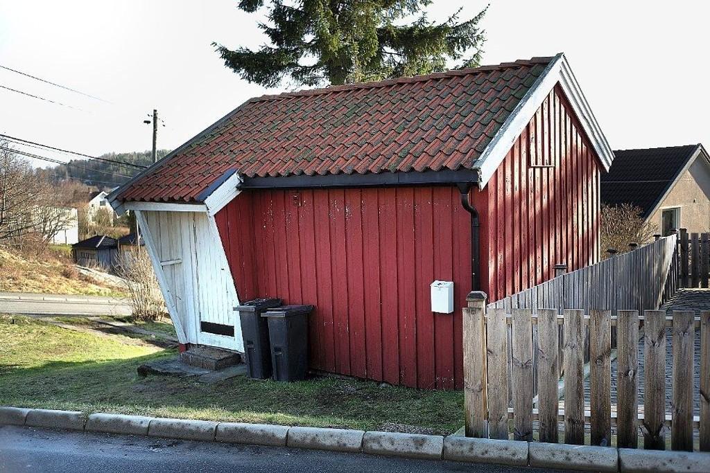 SOLGT: Dette lille huset i Hannestadveien i Sarpsborg ble solgt bare noen få dager etter den første visningen.