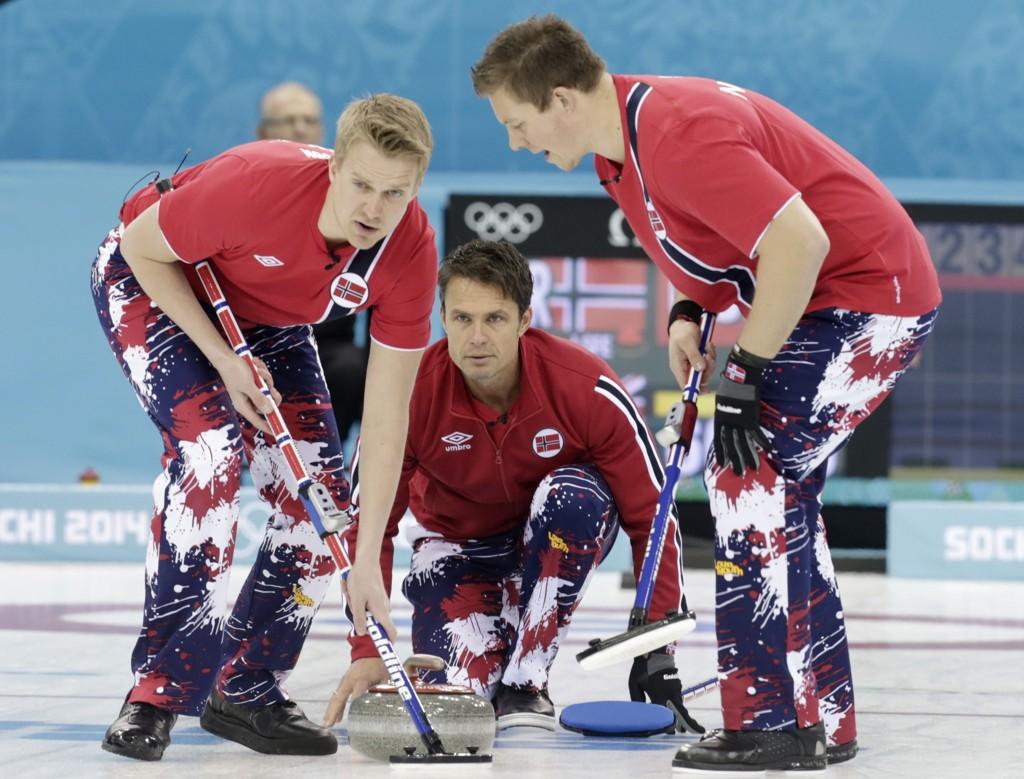 FØRSTE TAP: Men curlinggutta ligger fortsatt godt an i VM.