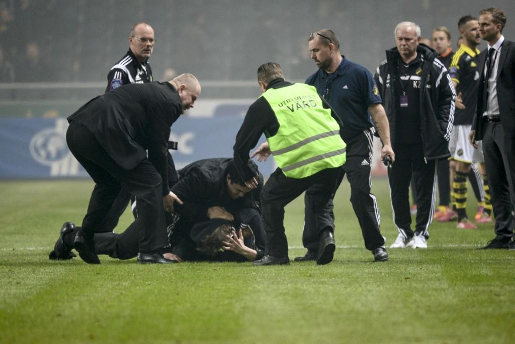 VIL VITE HVEM SYNDERNE ER: IFK Göteborg gjennomfører som første svenske klubb forbud mot maskering.