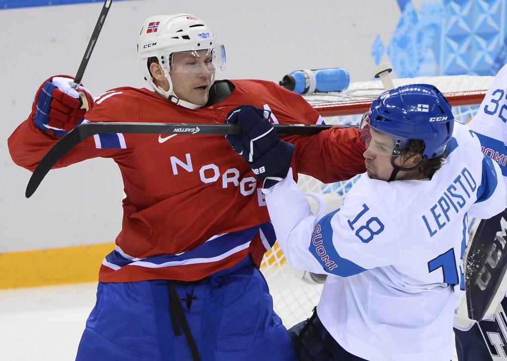 SKADET: Patrick Thoresen er usikker til hockey-VM.