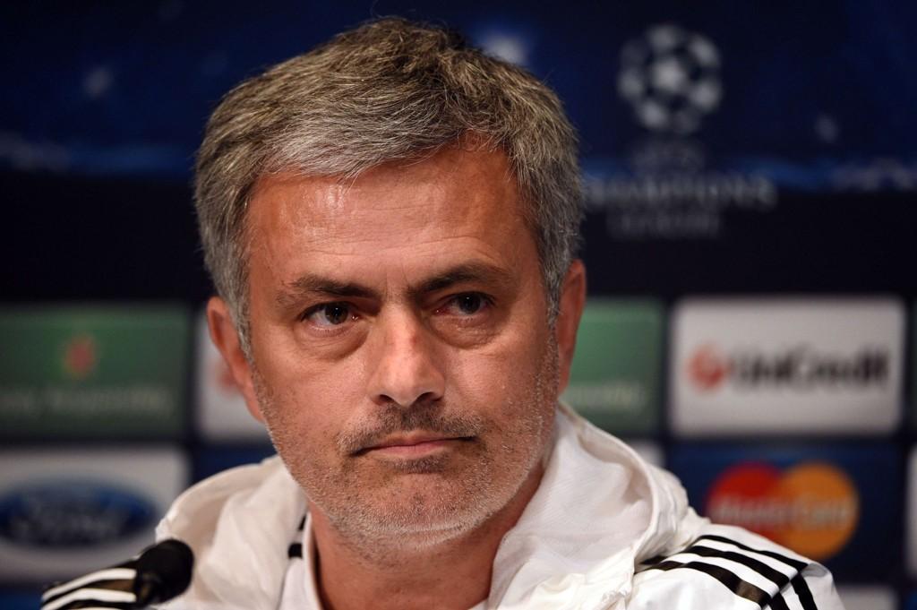 HAR SELV BRUKT MYE PENGER: José Mourinho står selv fast på at Chelsea følger reglene bak «financial fair play», men er ikke overbevist om at andre gjør det samme.