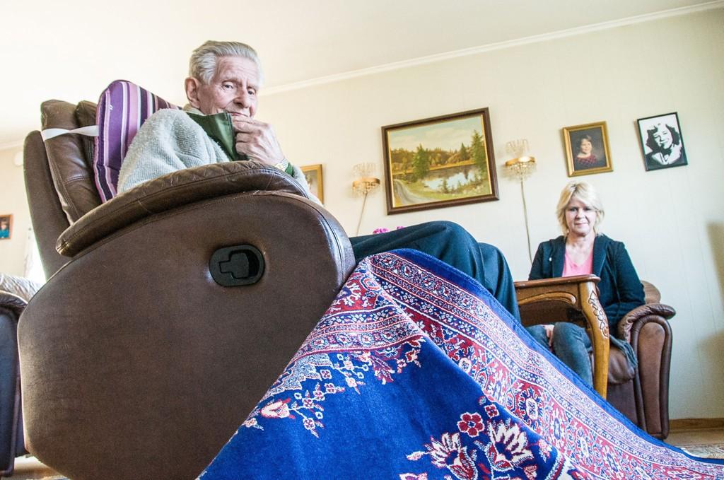 LURT: Hans Pettersen betalte 20.000 kroner for to tepper han ikke hadde bedt om. Det tredje fikk han i «gave».