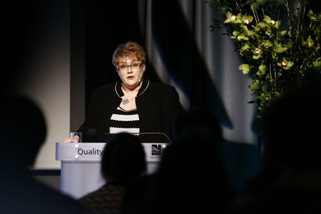 Venstre-leder Trine Skei Grande er glad for at et flertall av delegatene sa nei til forslaget om 15-årsgrense for omskjæring, men bemerker at mindretallet var større enn hun hadde ventet på forhånd.