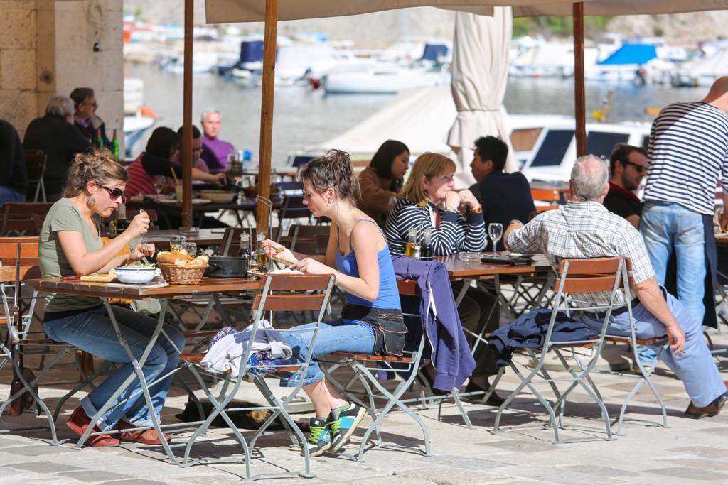 En rekke restauranter, inkludert alle spisestedene på Gardermoen kan blir berørt av en eventuell streik.