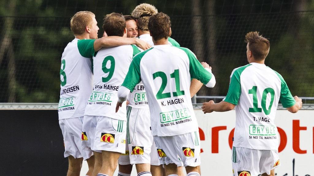 HamKam gjorde det bra på Briskeby forrige sesong, og vi tror årets premiere ender med seier.