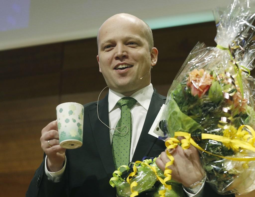 GLAD GUTT: Trygve Slagsvold Vedum ble valgt til leder på mandagens ekstraordinære landsmøte i Senterpartiet. Foto: Terje Bendiksby / NTB scanpix