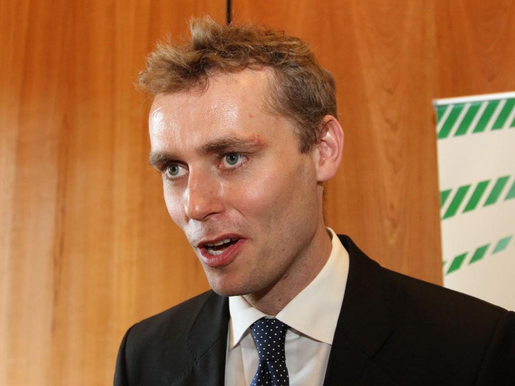 Per Olaf Lundteigen har vært en av Ola Borten Moes skarpeste kritikere i Senterpartiet. Nå gir han den omstridte nestlederen en ny sjanse.