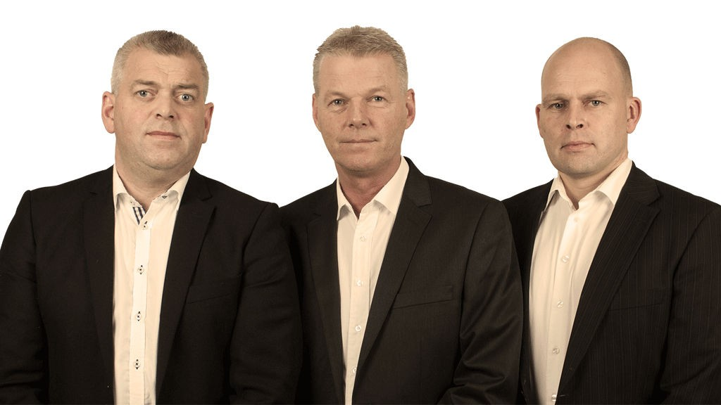 Nettavisens eksperttrio Kurt Leirvåg Håkon Einar Hansen Frode Gjesdal har som vanlig satt opp en rekke V75-andelslag på Eksperten.
