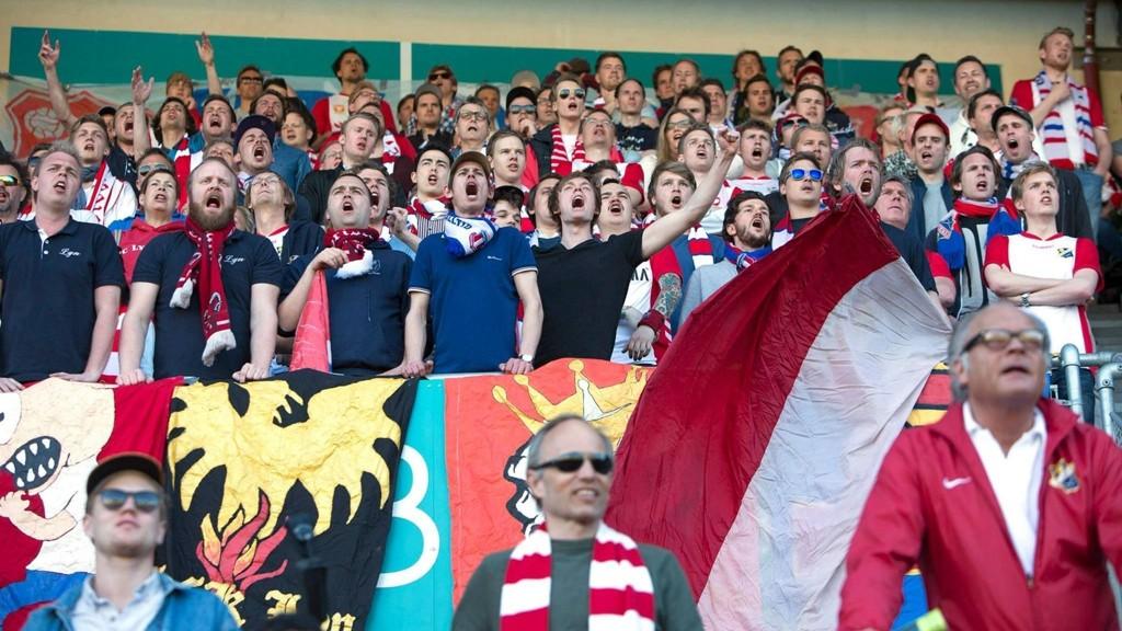 Lyn samlet hele 2350 tilskuere til serieåpningen mot Fyllingsdalen, og det er ventet bra med folk på Bislett i kveldens Oslo-derby mot Skeid.