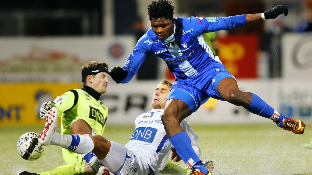 Aaron Samuel (19) fikk ikke tillit av Kjetil Rekdal og gikk til Sarpsborg i 2013. Der er det blitt 8 mål på 17 matcher så langt.