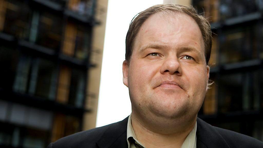 Bjarte Baasland spilte vekk 60 millioner kroner på ulike nettkasinoer. Nå går han rettens vei for å få litt av pengene tilbake.