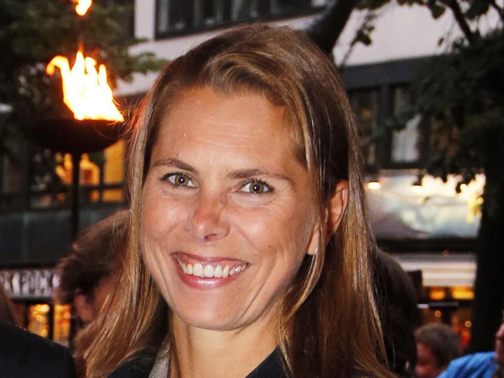 Louise Kathrine Dedichen. Her avbildet i sivil i forbindelse med en kinopremiere i Oslo i 2012.