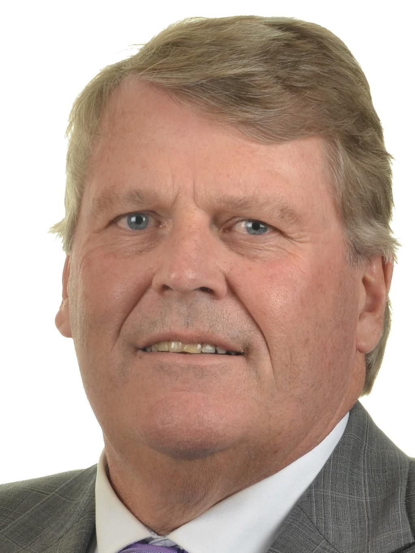 Kristelig Folkepartis representant i kontroll- og konstitusjonskomiteen Hans Fredrik Grøvan fra Vest-Agder sier partiet er villig til å inngå kompromiss om språkfornyelse av Grunnloven.