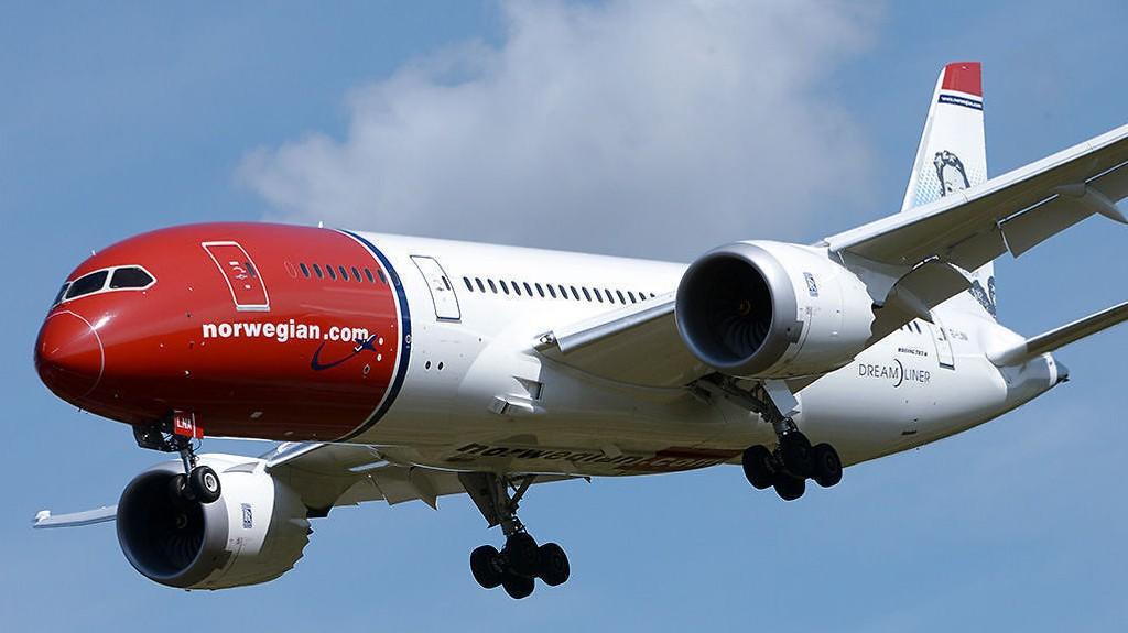 KAN BLI HARDT RAMMET: Flyselskapet Norwegian møter større motstand fra de ansatte.