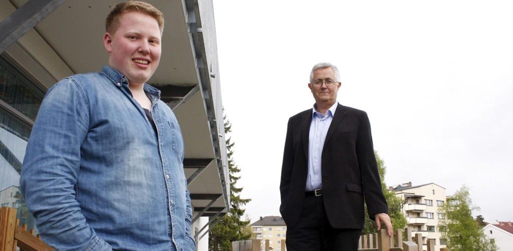 SAMARBEIDER: Elevrådsleder Benjamin Uddmo Ask og fungerende rektor ved Lambertseter vgs., Lars Lilleborgen tror det er best å flytte ut av skolen under byggearbeidene.