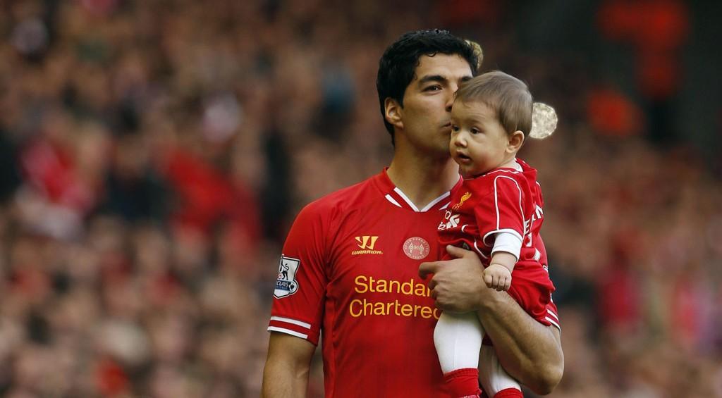 SPEKULASJONER: Luis Suarez får mange spørsmål om framtiden om dagen.