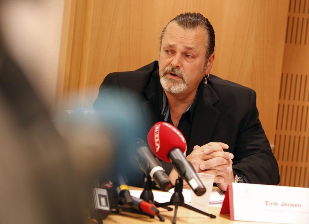 Politioverbetjent Eirik Jensen ble pågrepet mandag 24. februar, mistenkt for grov korrupsjon i forbindelse med en stor narkotikasak som er under etterforskning.