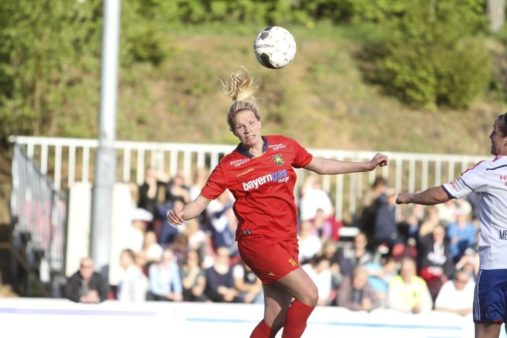 HAR DET LILLE EKSTRA: Eline Johansen har hatt en pangstart på sesongen i Røas angrep, og bidratt til at Røa igjen er et topplag i Toppserien.