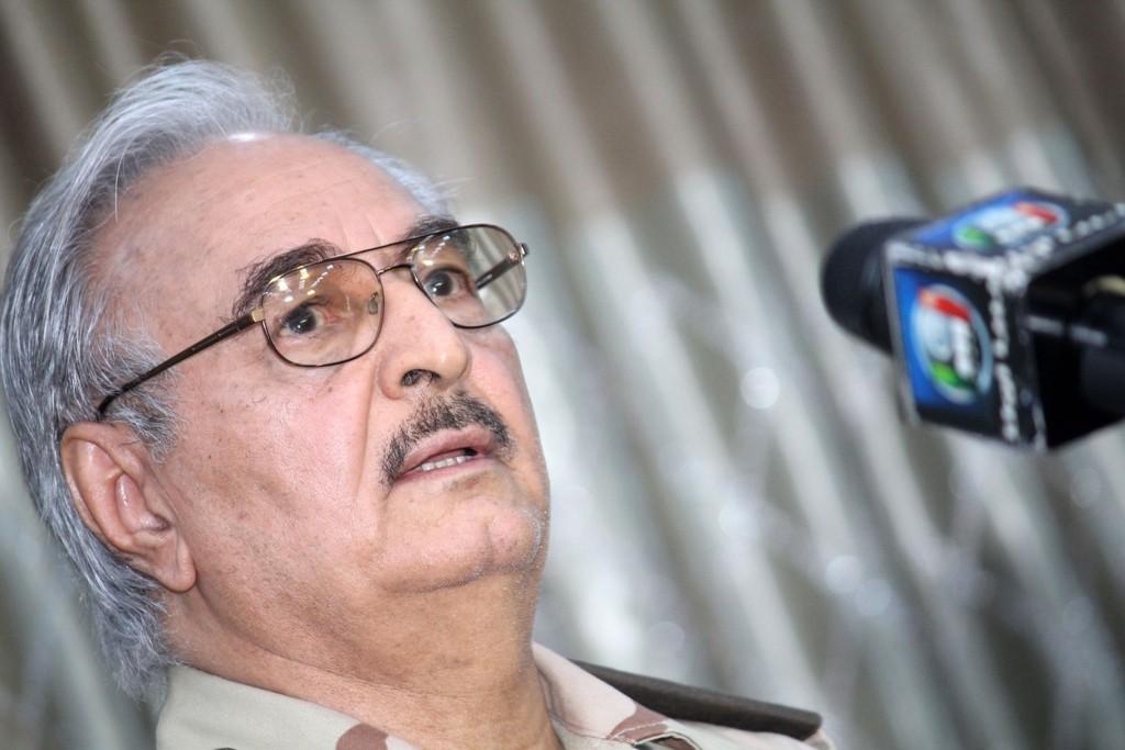 STØTTER HAFTAR: Angriperne, som angivelig kommer fra militsgruppen Den libyske nasjonale armé (LNA), sverger troskap til opprørsgeneralen Khalifa Haftar.