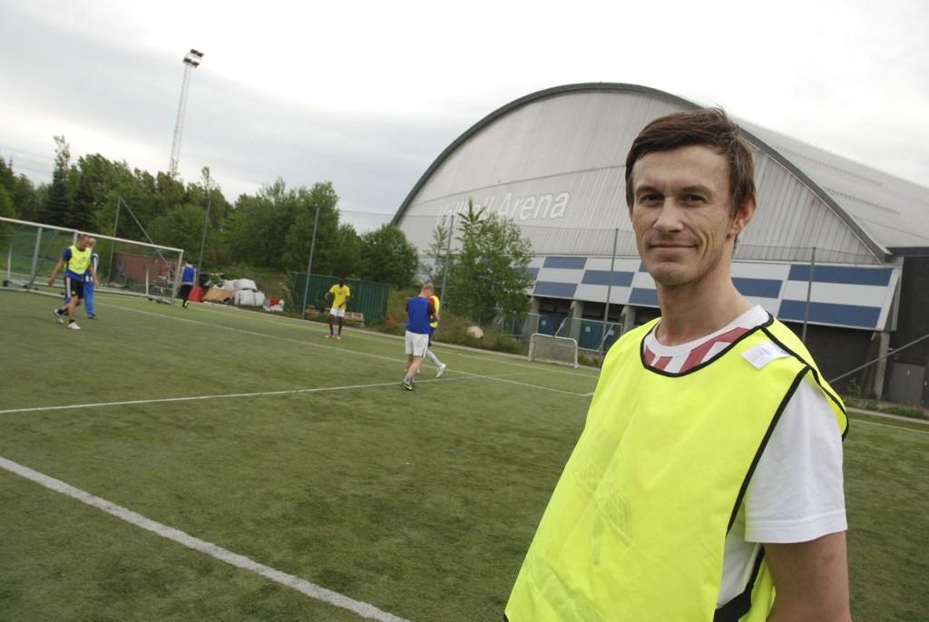 Selv om Ken-Robin Hansen skal gjøre alt for å slå sitt tidligere lag Tromsø, er han tydelig på at helsa og livet er aller viktigst.