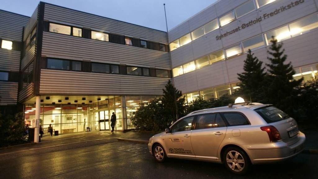 Fylkesmannen i Østfold skal avgjøre om Sykehuset Østfold i Fredrikstad har fulgt alle gjeldende prosedyrer da en høygravid ble avvist på sykehuset.