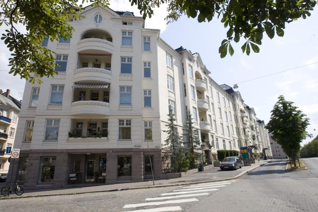 Mange ønsker å selge bostedet sitt for tiden, og det omsettes eiendommer som aldri før.