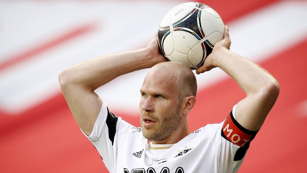 Mikael Dorsin er høyst usikker før det den viktige bortekampen mot Strømsgodset. I tillegg er flere Rosenborg-forsvarere ute med skader.