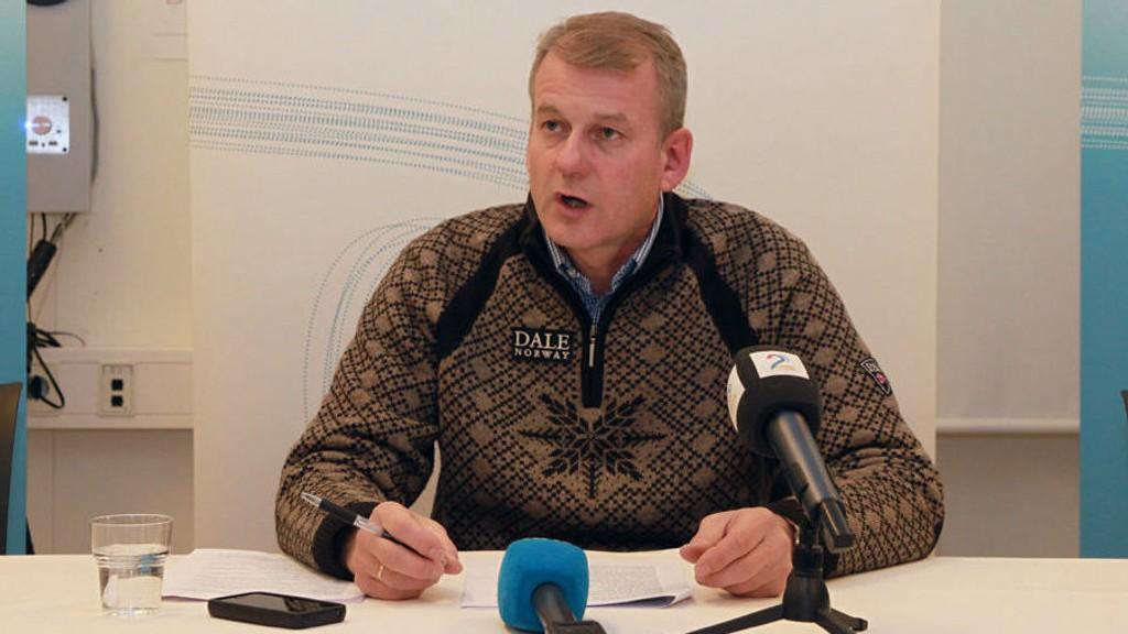 VIL FORTSETTE: Erik Røste sier han er motivert til å fortsette som skipresident.