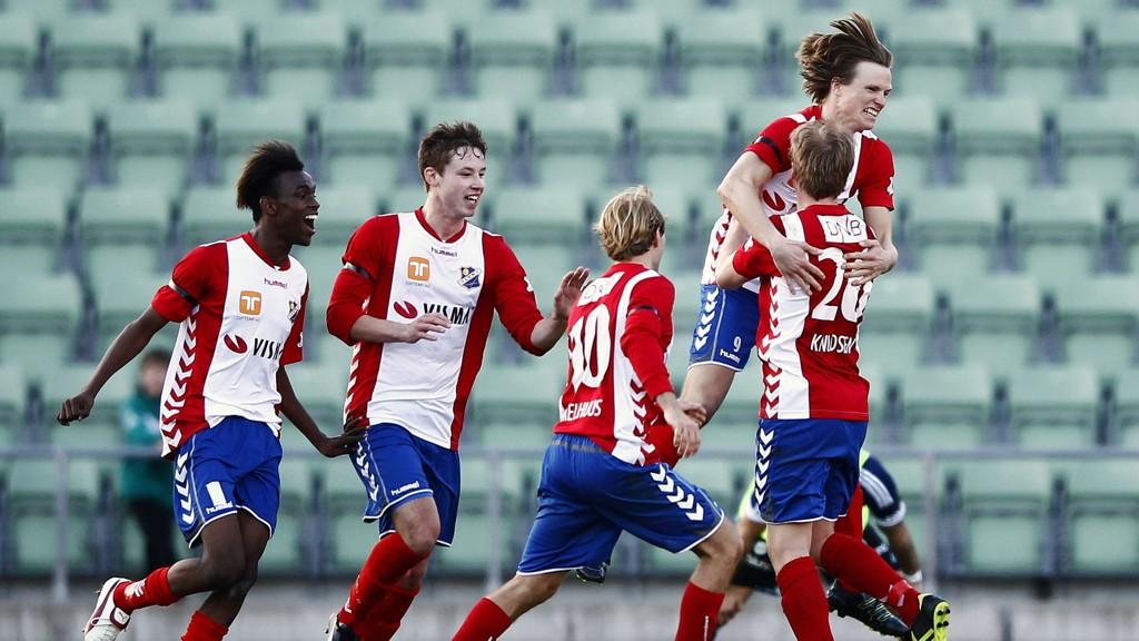 Lyns spill har ikke gått på skinner så langt denne sesongen, og vi helgarderer Oslo-lagets kamp mot Egersund.
