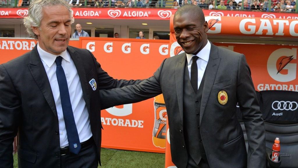 AVVIST ANKE: Roberto Donadoni (t.v.) og Parma kvalifiserte seg til Europa League, men får ikke delta på grunn av ubetalte regninger. Her hilser Donadoni på Clarence Seedorf før en kamp mot Milan.