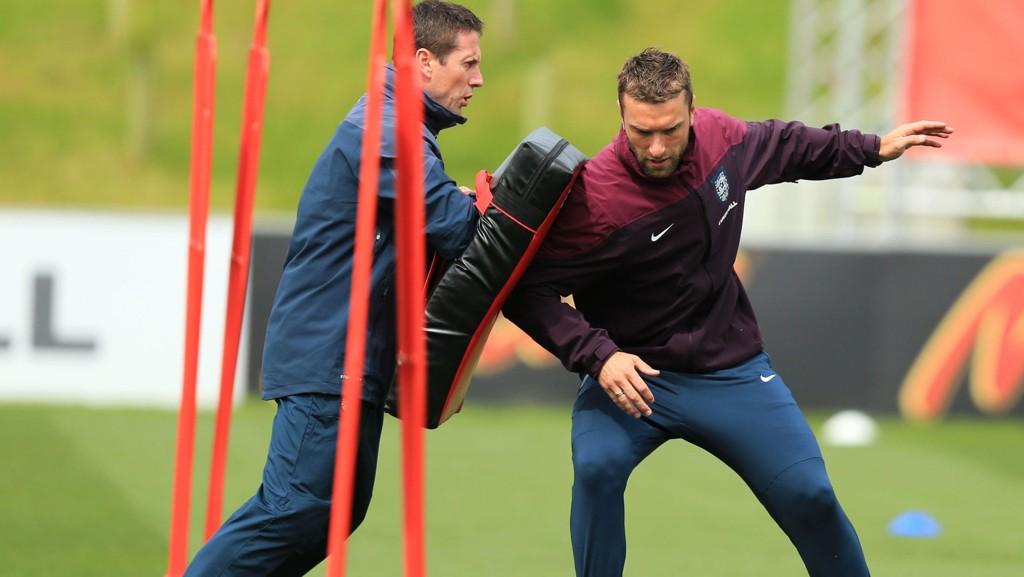 LIVERPOOL? Liverpool-fan Rickie Lambert kan være på vei fra Southampton til favorittklubben, melder Sky Sports.