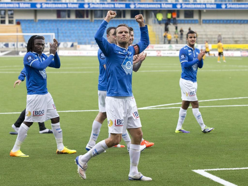 OVERRASKET: Det nye banedekket på Aker stadion har ikke blitt så vanskelig å vende seg til som Daniel Berg Hestad fryktet.