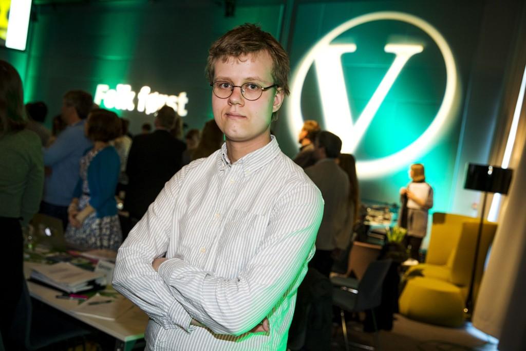 - Vi kommer ganske enkelt ikke til å ha råd til å tilby de dyreste og beste behandlingene, sier unge Venstre-leder Tord Hustveit.