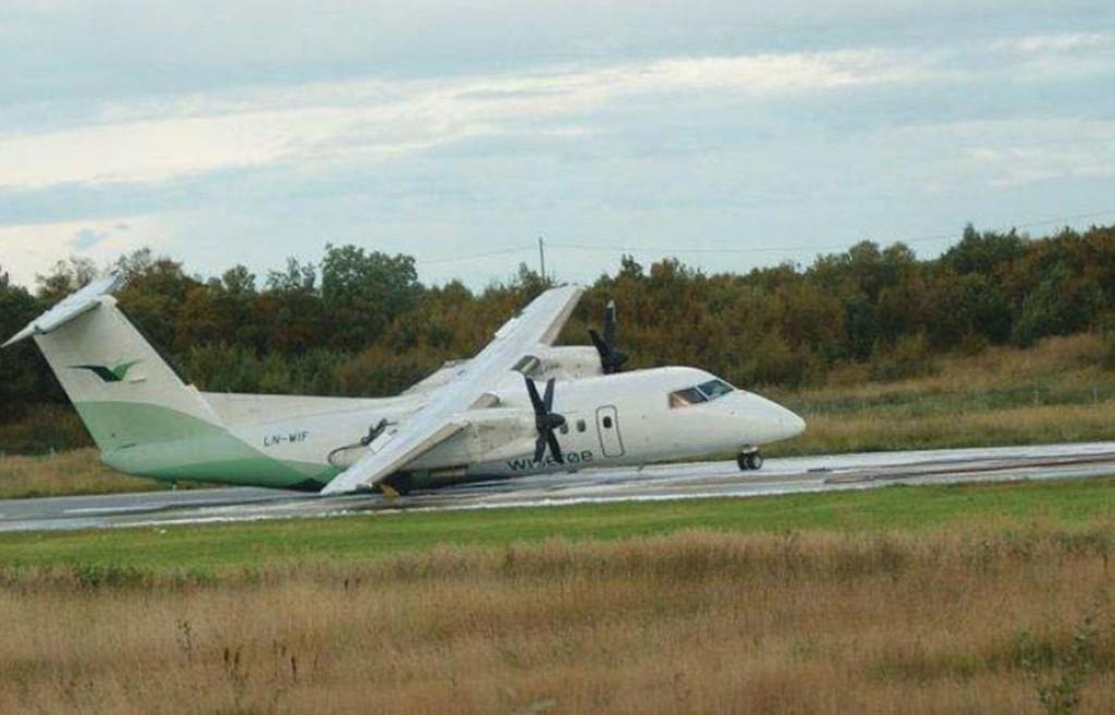 2010: Dash-8-flyet med passasjerer og besetning ble totalskadd ved Sandnessjøen høsten for fire år siden. Det fikk ingen konsekvenser for den daværende fartøysjefen, som nå har sagt opp en pilot over 6.000 kroner.