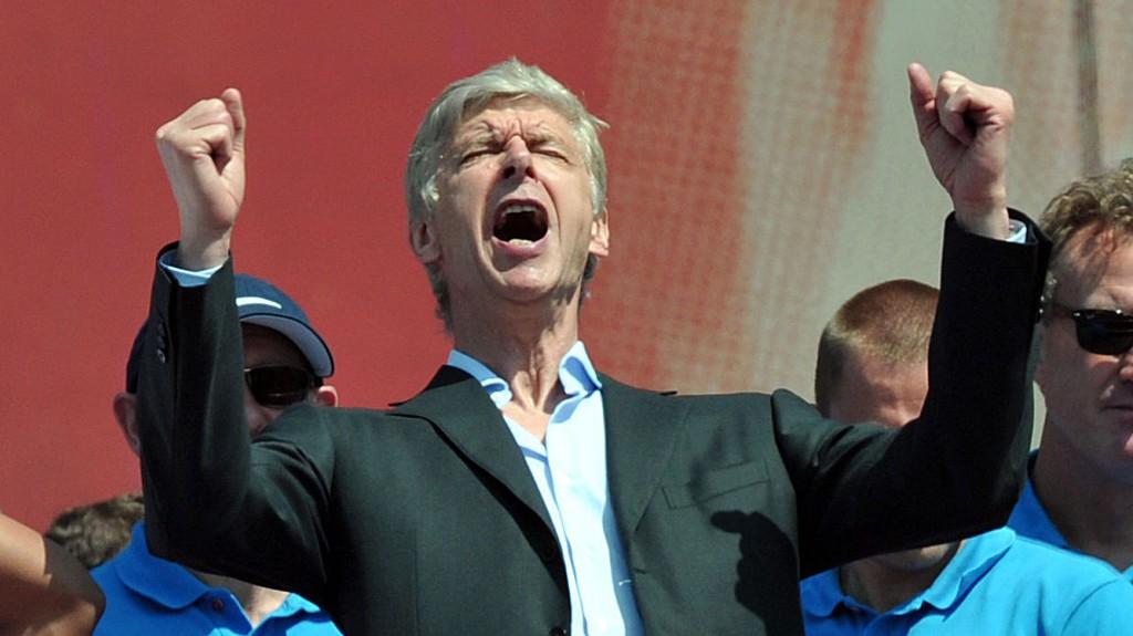 LYSE TIDER: Det blir trolig rikelig med utskiftninger i Arsène Wengers Arsenal denne sommeren .