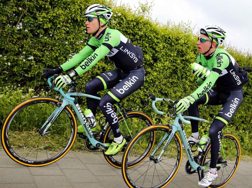 TYNNERE REKKER: Belkin-laget må sykle tour de France uten klatrespesialisten Robert Gesink. Dermed kan Lars Petter Nordhaug (til venstre) være mer aktuell som hjelperytter for Bauke Mollema (til høyre).