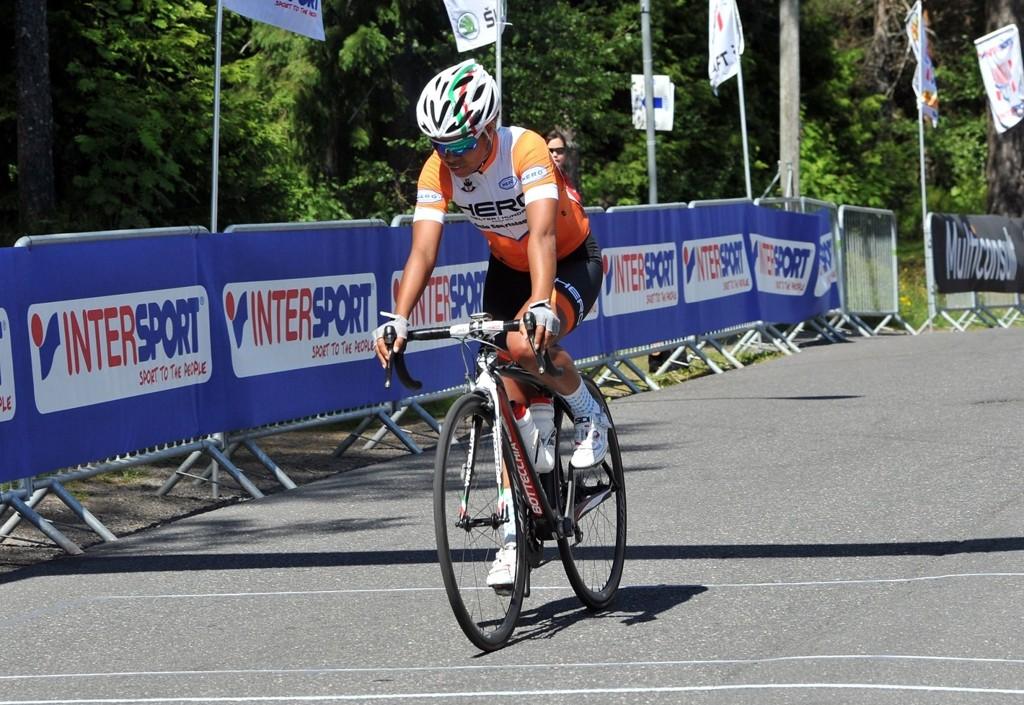 Katrine Hofstad syklet inn til en aksetabel tiendeplass.