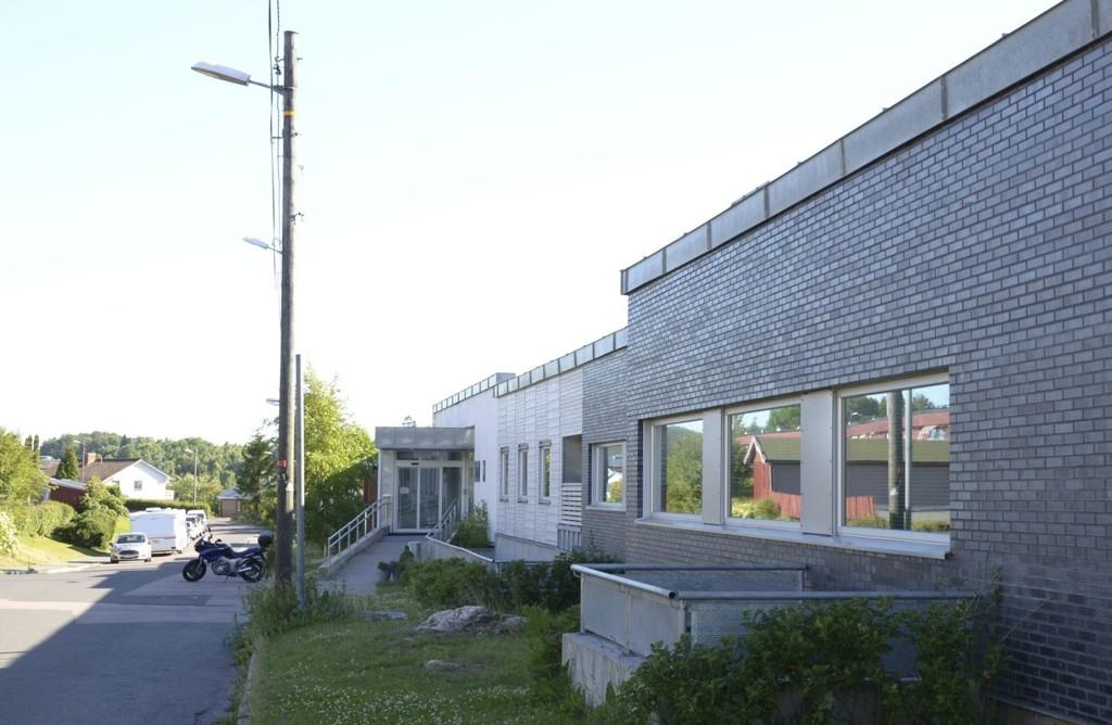 SELGES: Næringslokalene i Bogerudveien 13-15 ble bygget ut i 2008. Nå selges hele eiendommen.