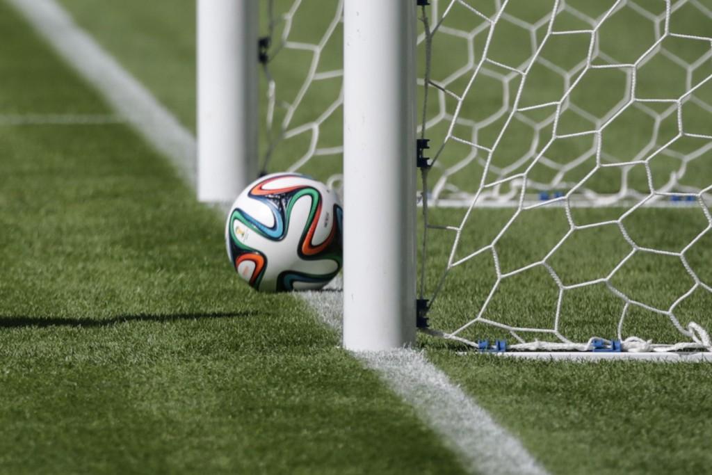 TEKNOLOGI: Den nye teknologien som brukes i VM gjør det lett for dommerne å vite om ballen er inne i mål eller ikke.
