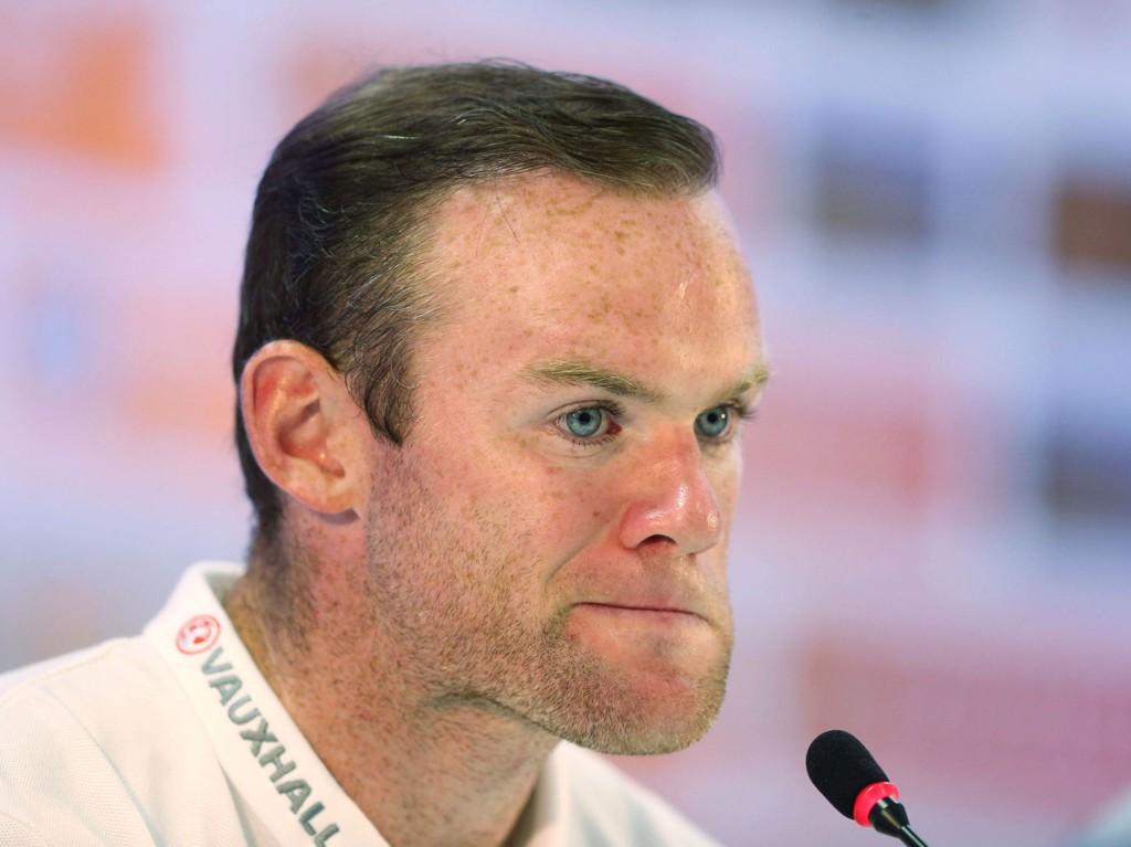 KRITISERER PRESSEN: Wayne Rooney har sett seg lei på hva pressen skriver om ham hjemme i England.