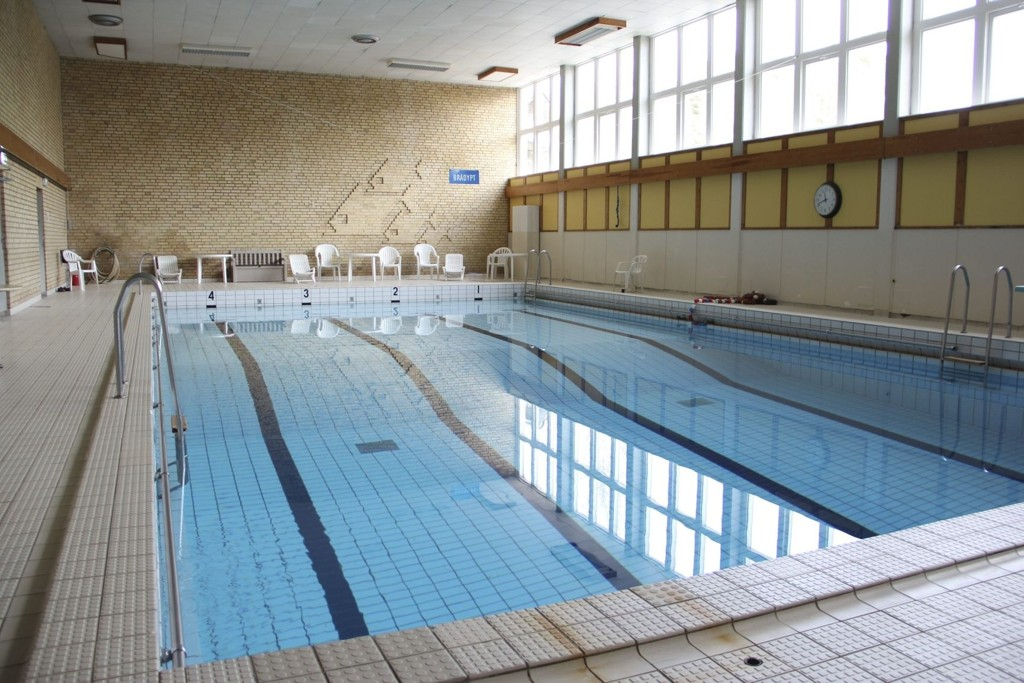Her skal barn fortsatt lære å svømme. Manglerud bad åpnes igjen, men akkurat når er ennå uvisst.