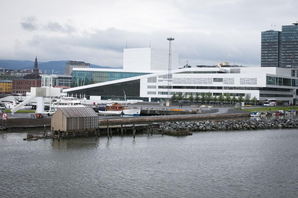 BLIR MYE DYRER ENN BEREGNET: Omtrent ved dette treskuret ved siden av operaen i Bjørvika skal det nye Munch-museet «Lambda» bygges.