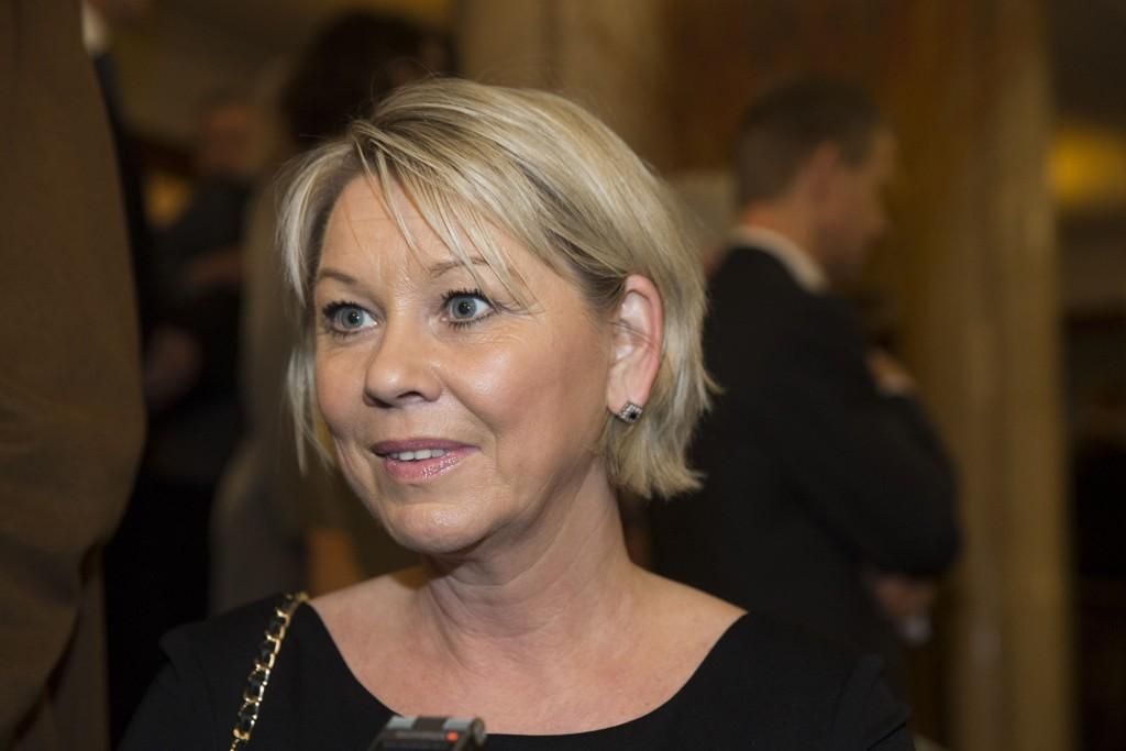 SELG SELG: Næringsminister Monica Mæland vil kvitte seg med noen av aksjene i Telenor og Kongsberg Gruppen.