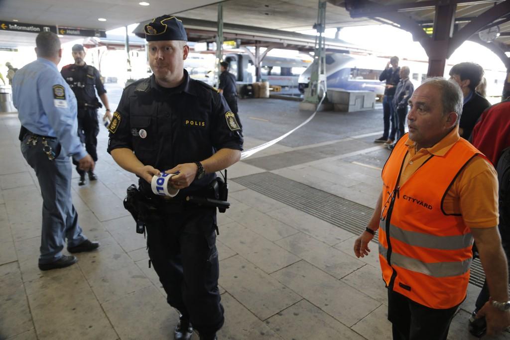 Politiet sperret av et større område på sentralstasjonen i Göteborg mandag ettermiddag.