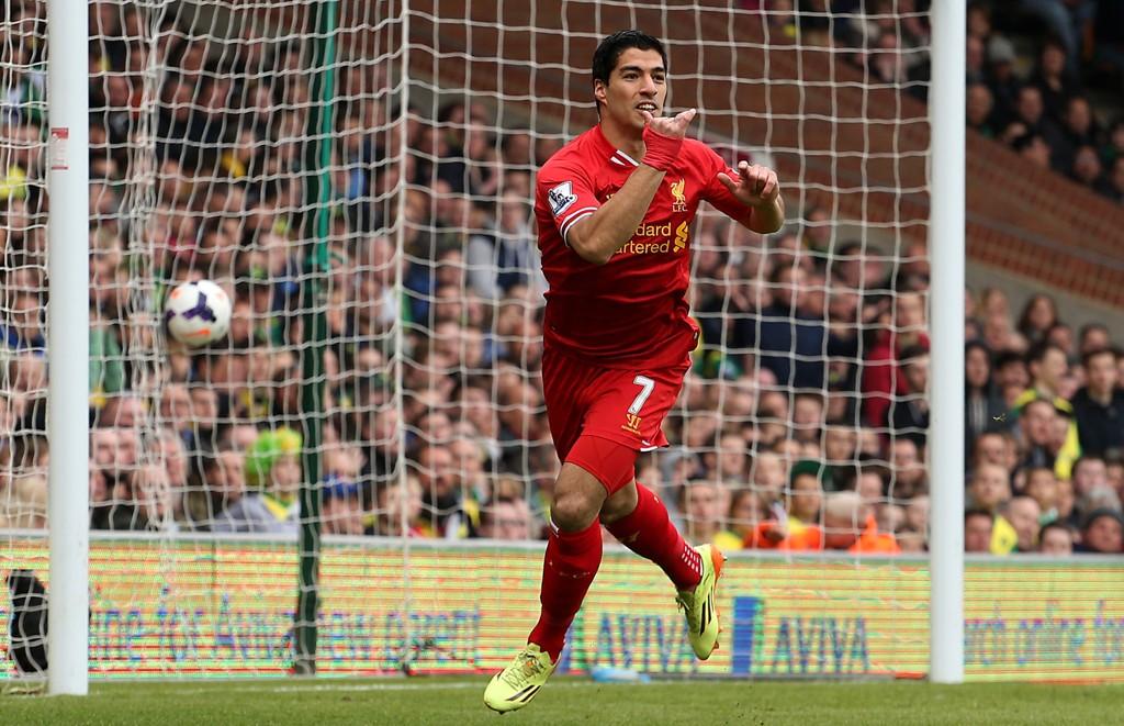 HEVDER SUAREZ FORLATER LIVERPOOL: Luis Suarez skal ha informert venner om at han forlater Liverpool denne sommeren, ifølge engelsk og spansk presse.