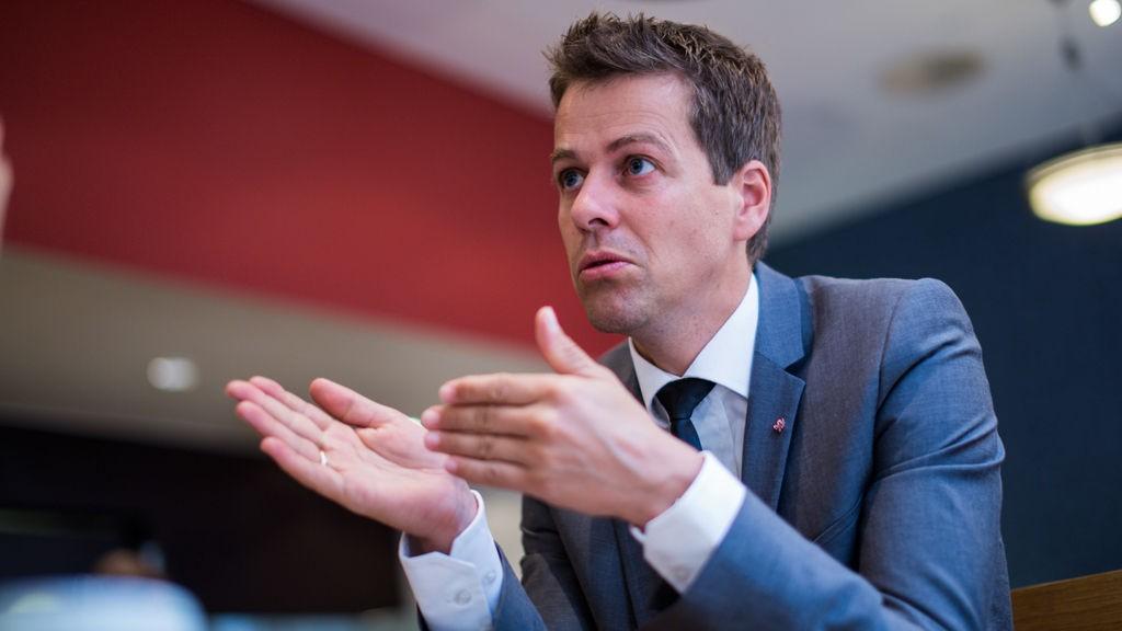 SLÅR TILBAKE: KrF-leder Knut Arild Hareide slår tilbake mot kritikken fra Senterpartiet.